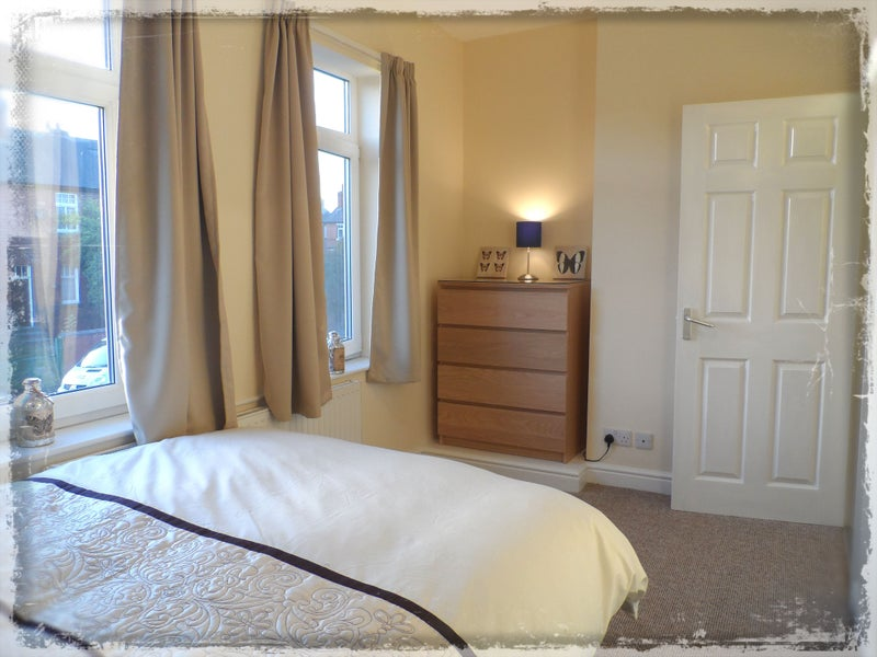 Single & Double En-Suite Rooms Available! Balby Main Photo