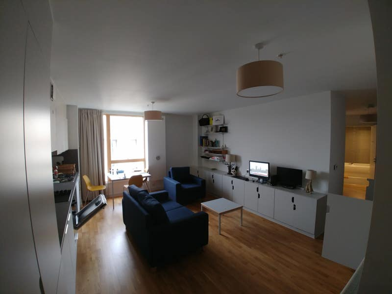Single bedroom in 2 bedroom flatshare Main Photo