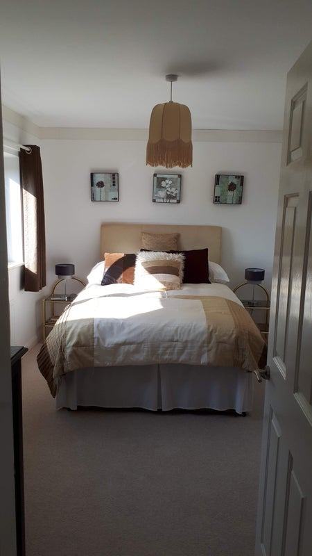 2 double bedrooms available for rent with bathroom Main Photo