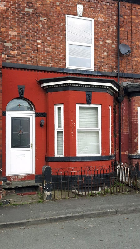 Double Room In Shared House All Bill's Included  Main Photo