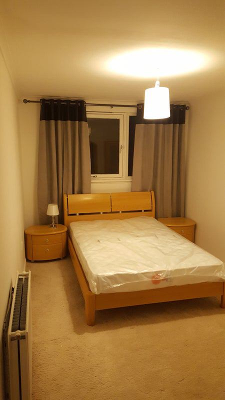 Double bedroom in a fully furnished flat Main Photo