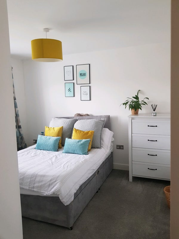 Comfy Modern large double room in new house Main Photo