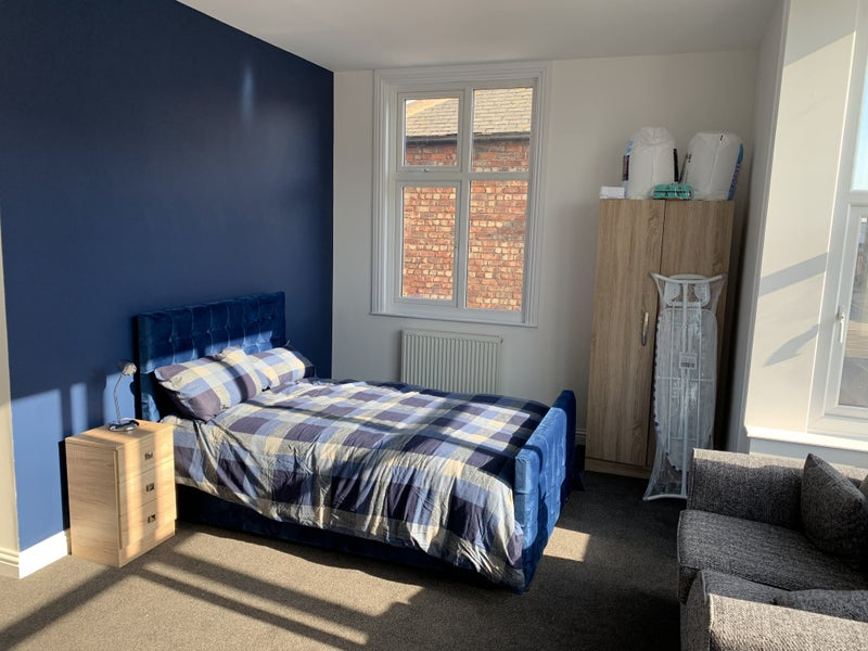 Brand new, high quality rooms available.  Main Photo