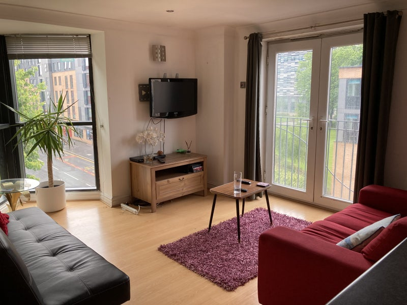 Top Floor Apartment, Double bedroomavailable Main Photo