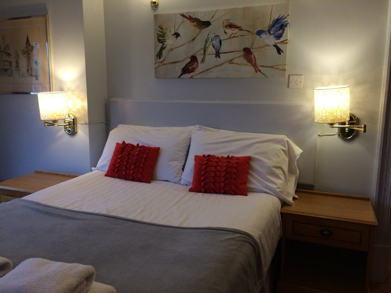 Double rooms en suite in two houses excellent Main Photo