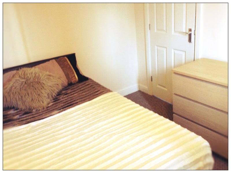 Double & Single Ensuite Rooms-Quiet Street-Bentley Main Photo