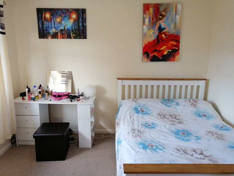 Double room to let Main Photo
