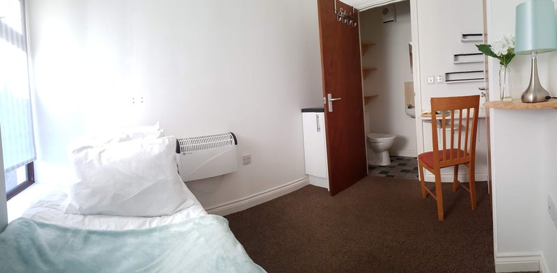 Modern Newly Refurbished En-Suite Bedroom Main Photo