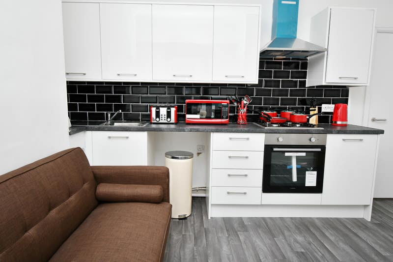 *Luxury Houseshare, newly refurbished, APPLY NOW!* Main Photo