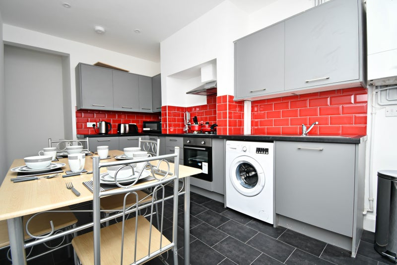 *Student House Share, 0% DEPOSIT, Apply now!* Main Photo