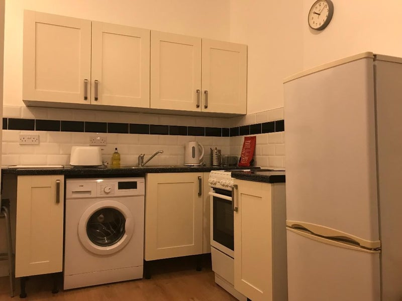Room to let in Cathays / Roath area of Cardiff Main Photo