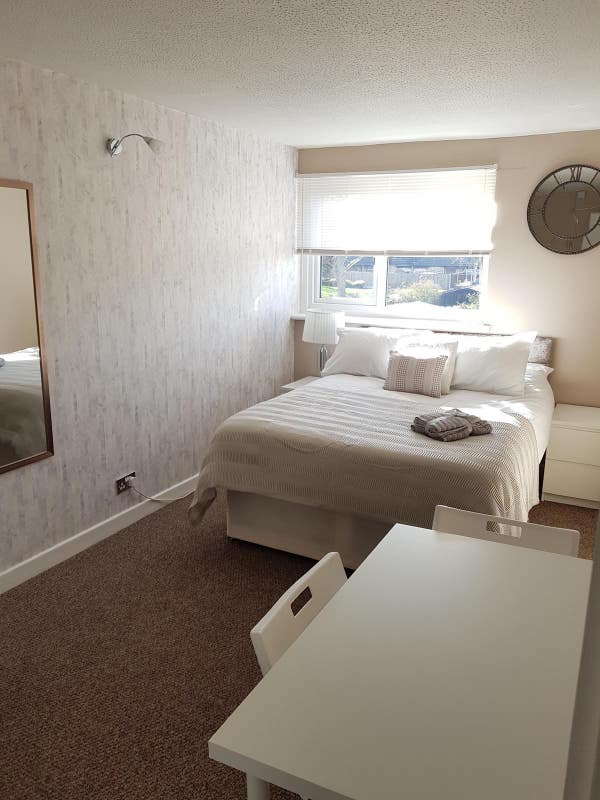 X1 Double Room Available Now Main Photo