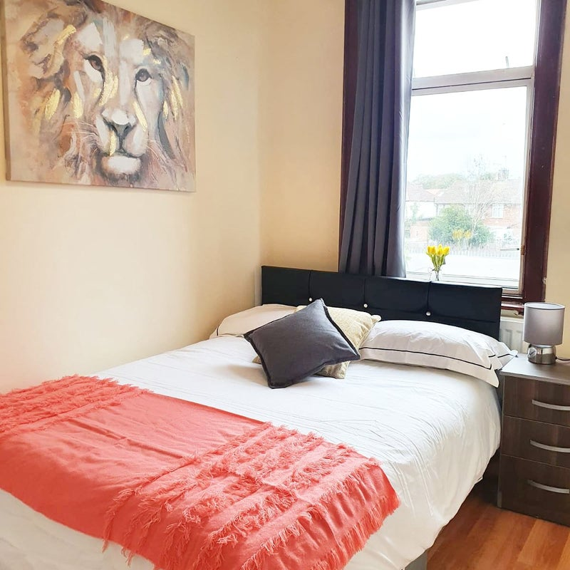 Double Room Available in Southall! Main Photo