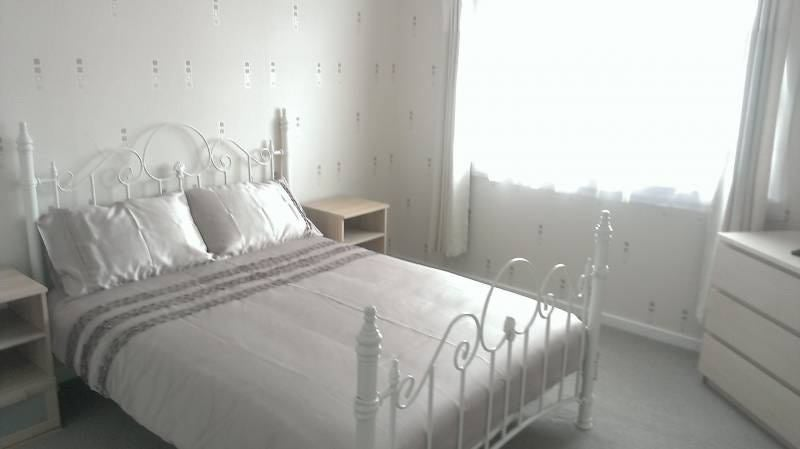 Beautiful Double Bedroom New Gorbals  Main Photo