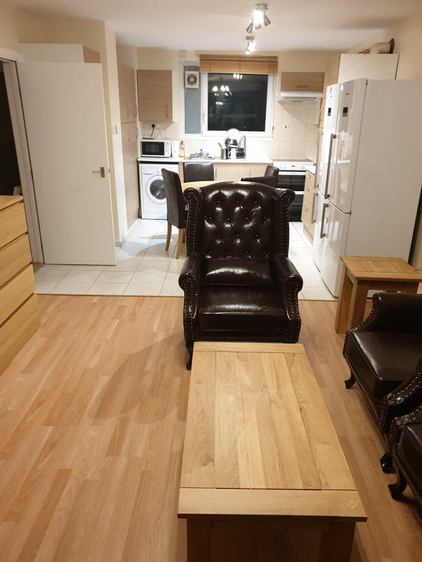 A double rooms in Peckham is available  Main Photo