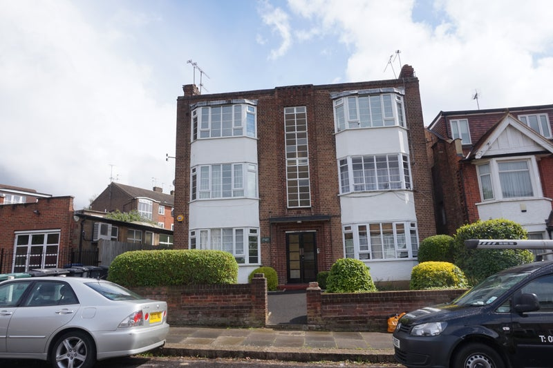 Spacious 1 bed frst floor flat in Muswell Hill N10 Main Photo
