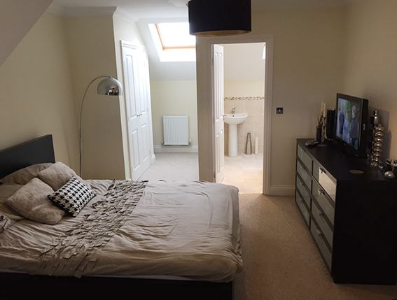 Beautiful Double Room with en-suite in Broxbourne  Main Photo