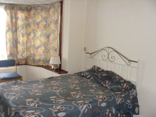 Double bedroom To Rent In SOUTHALL Main Photo