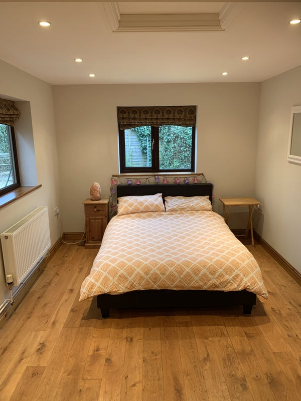 Double bed in idyllic hamlet location   Main Photo