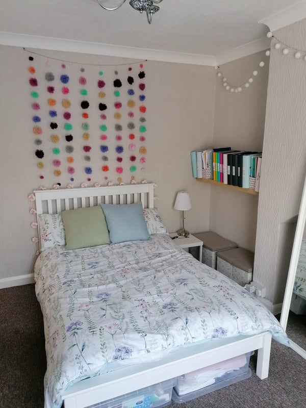 Lovely student house,1 large double room, Sept 21 Main Photo