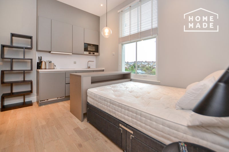 Modern Studio apartment Main Photo