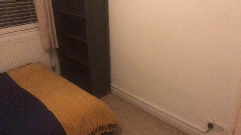 Double Room Close to Station Main Photo