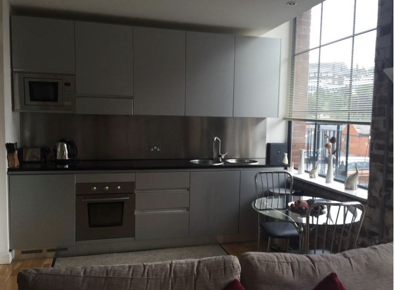 Gorgeous 1 Bed furnished Apartment *Don't miss* Main Photo