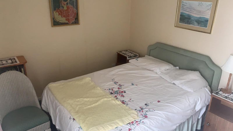 Low cost accommodation in Tunbridge Wells TN2 Main Photo