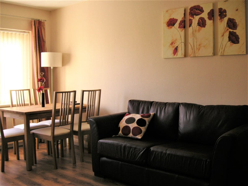 Quality Houseshare - Two Rooms Available Bills Inc Main Photo