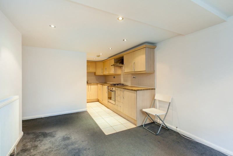 Situated in a desirable area of Chelsea 2 bed flat Main Photo