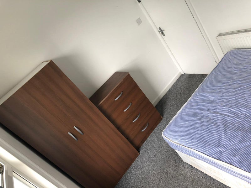 Double Room Available Now in Croydon FEB FREE Main Photo