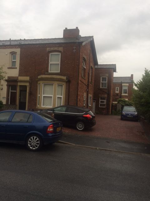 Large En Suite Rooms in Chorley Town Centre Main Photo