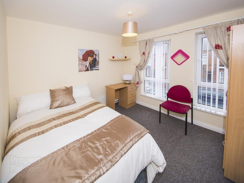 ✨ En-Suite Room Just off Liburn Road✨  Main Photo