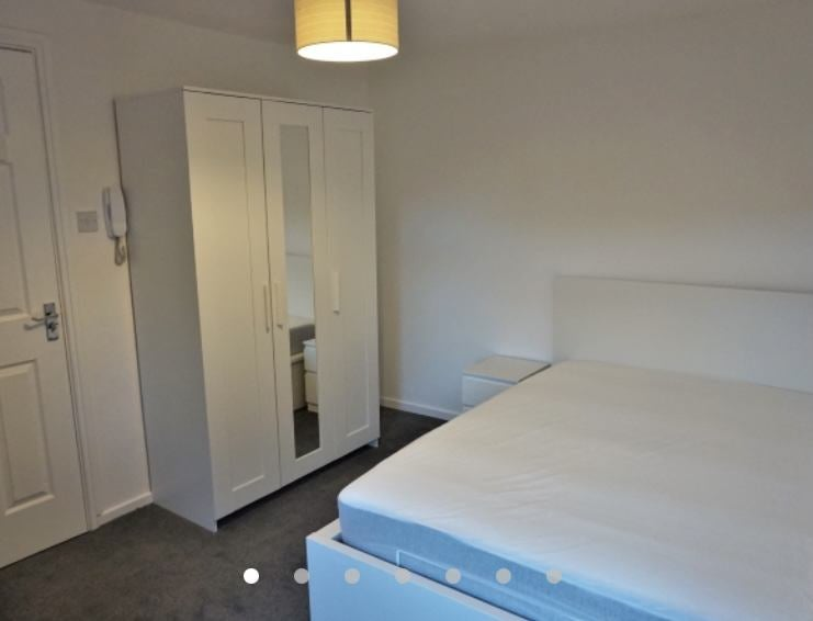 Double room, furnished, all bills, en-suite, £500 Main Photo
