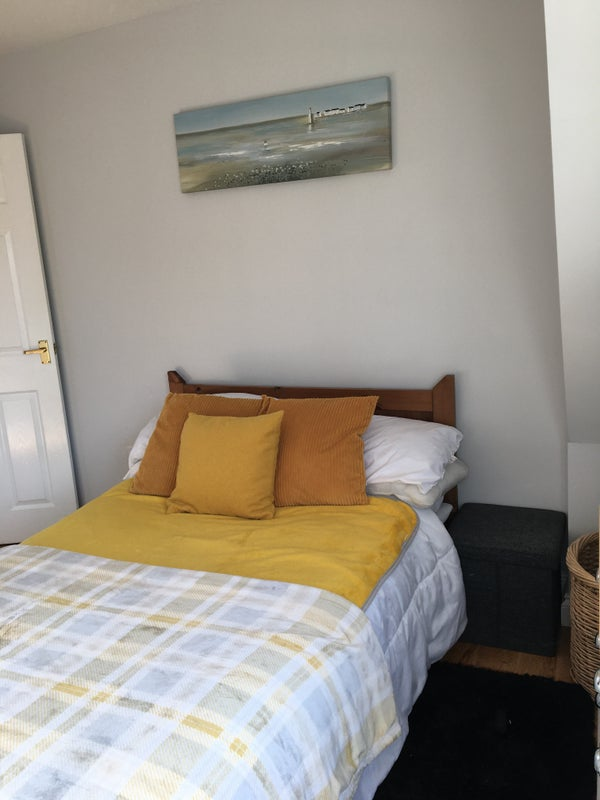 Double Room Churchdown Village Main Photo