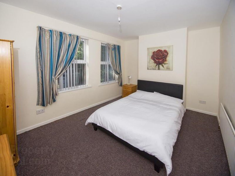 🏫Great Double Room Near Queens Uni.🏫 Main Photo