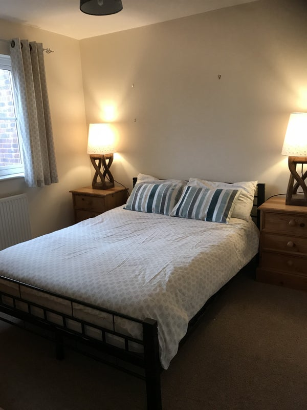 Large Double room with en suite  Main Photo