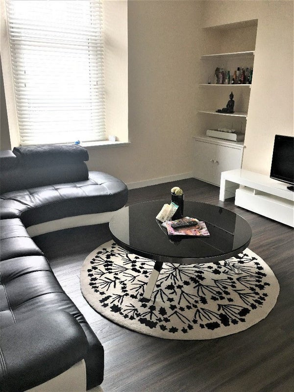 Room For Rent Within Executive City Centre Flat Main Photo