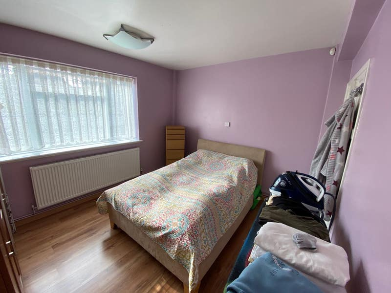 2 Bedroom Cosy Flat near to Palmers Green  Main Photo