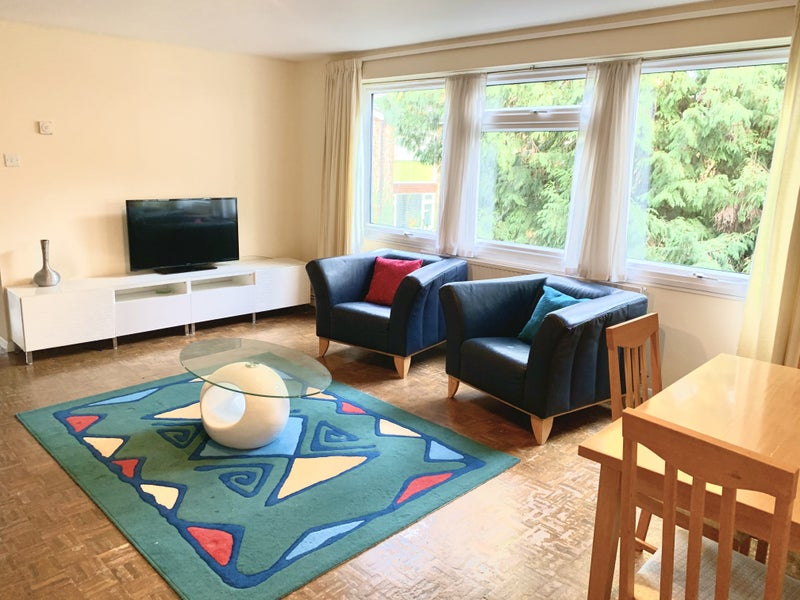 Beautiful Double room in friendly flat: St. Albans Main Photo