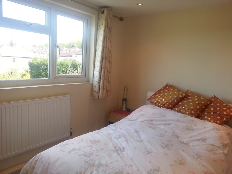 Ensuite room, near Highams Park and Chingford  Main Photo