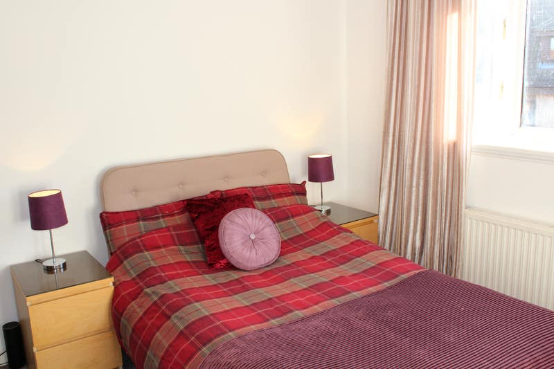 Double Room in Spacious House Edin/Wisp/Danderhall Main Photo