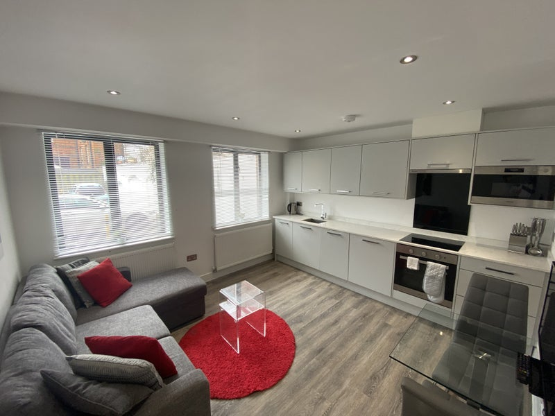 Modern, Ground Floor, One Bedroom Apartment.  Main Photo