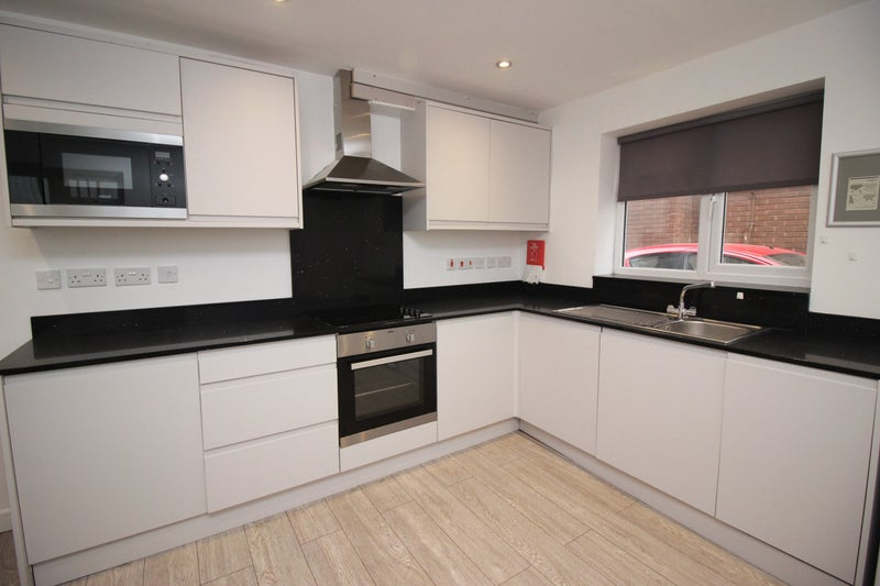1 Bed Furnished Flat To Rent ,Caversham Road, RG1 Main Photo