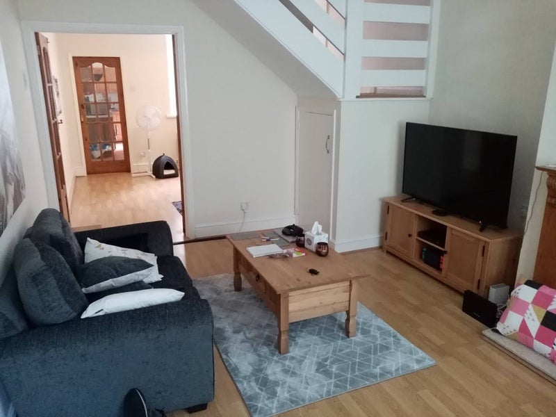 1 double room available in 2 bed house. Main Photo