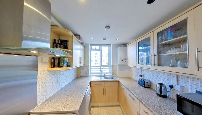 Fulham & Parsons Green - New Renovation** Main Photo
