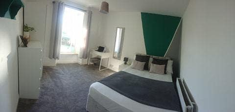 🔶Biggest Room! *Fully Renovated* Fast Wifi🔶 Main Photo