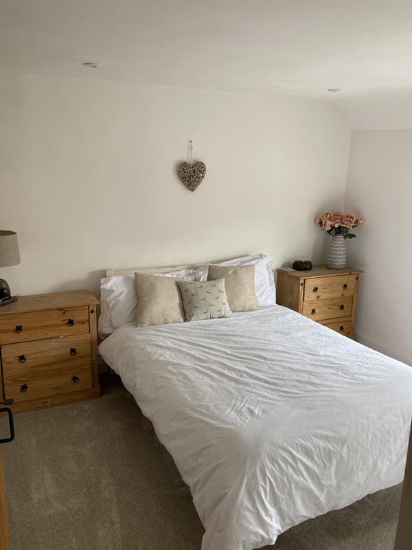 Lovely Double Room for rent in Chatteris  Main Photo