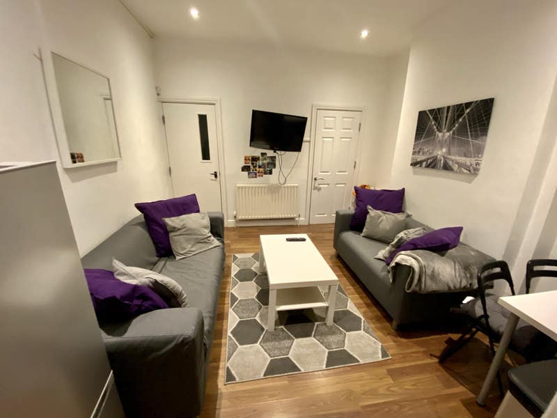 2 x Great rooms in Student house - All bills inc Main Photo