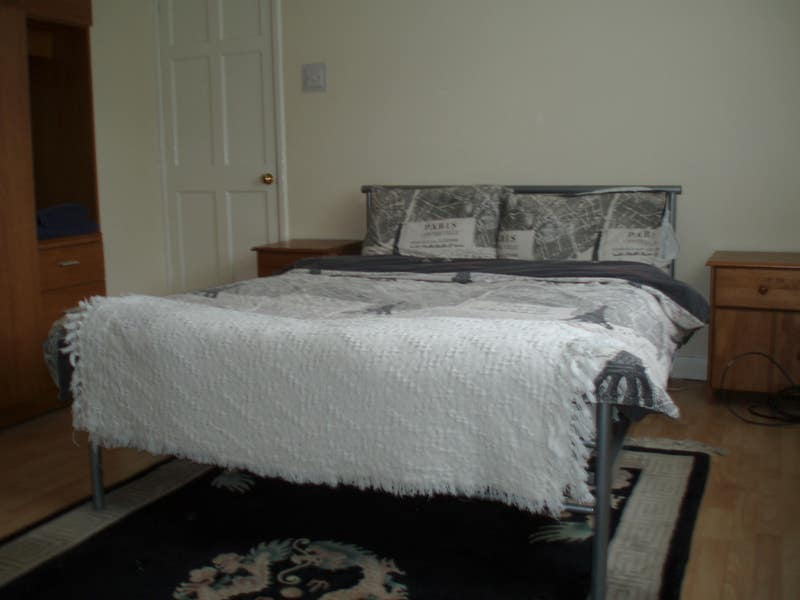 Rooms to let Fully Furnished Main Photo